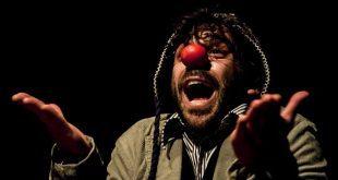 Valerio Napoli, interprete di Je suis Giusepp. Foto di Milos Magi - da a qualcuno piace in (Breve).