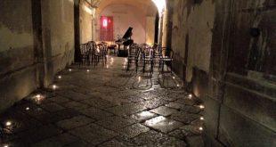 Il suggestivo angolo in cui Vincenzo danise ha suonato per la Notte bianca di Casapulla