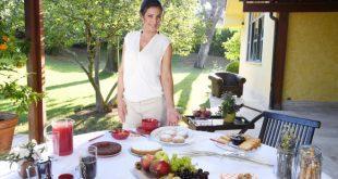 Samya Abbary conduce A Colazione