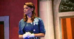 Tiziana De Giacomo interpreta Elvira in Zappatore