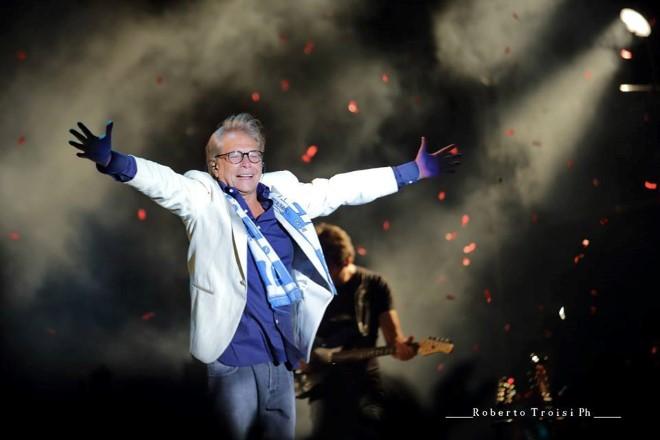 Nino D'Angelo - Il concerto 6.0. Foto di Roberto Troisi.