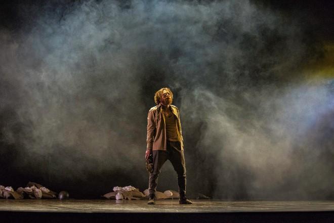 Questa notte balliamo insieme, domani torneremo nemici, con Manuel D'Amario. Foto di Paola Iacopetti
