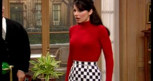 Una scena del telefilm La Tata, dove Fran Drescher interpreta Tata Francesca.