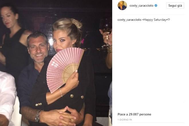 Bobo Vieri e Costanza Caracciolo nella foto pubblicata su Instagram dall'ex velina.
