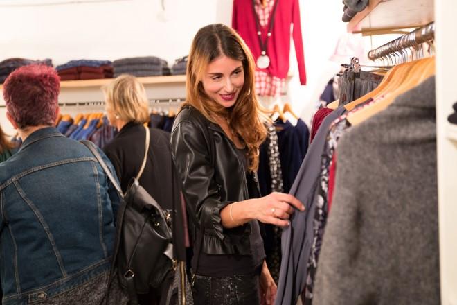 Miriam Candurro visita lo store