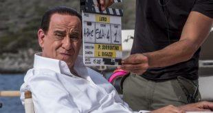 Toni Servillo interpreta Silvio Berlusconi in Loro, nuovo film di Paolo Sorrentino. Foto da Internet.