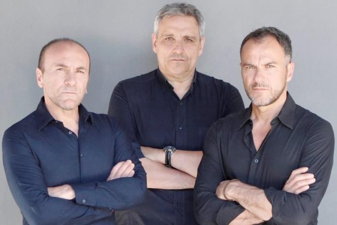 7 vizi napoletani. In foto Gianfranco Gallo, Maurizio De Giovanni e Massimiliano Gallo.