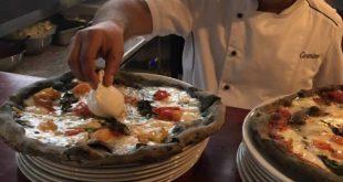 La pizza nera presentata a Miami