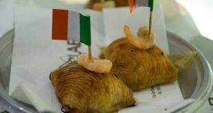 La sfogliatella rustica con zucchine e gamberetti