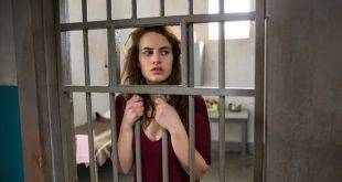 Angela Curri in una scena di Renata Fonte