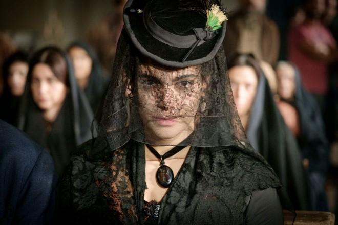 Ester Pantano in una scena di La Mossa del cavallo. Foto da Ufficio Stampa