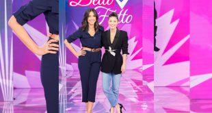 Caterina Balivo ed Alessandra Mastronardi a Detto Fatto. Foto da Ufficio Stampa