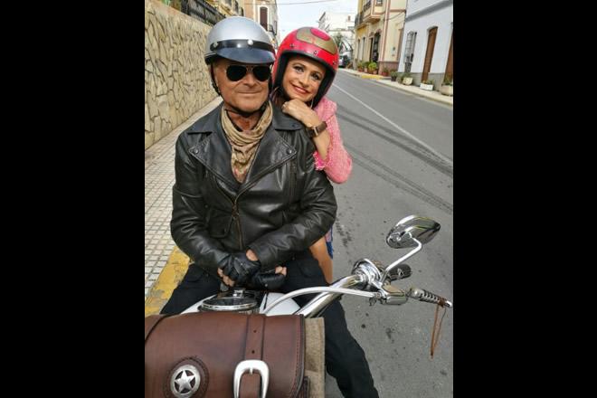 Guia Jelo è zia Rosy nel film Il mio nome è Thomas con Terence Hill.