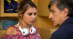 Mirea Flavia Stellato con Vincenzo Salemme in una scena del film Una festa esagerata