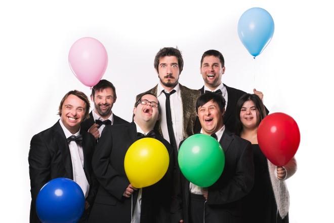 Paolo Ruffini e gli attori di UP&Down. Foto di Ivana Di Biase.