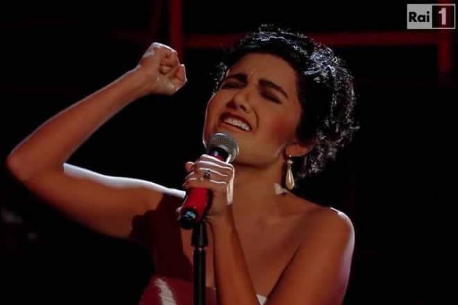 Serena Rossi sarà Mimì. Frame dalla miniserie RAI.