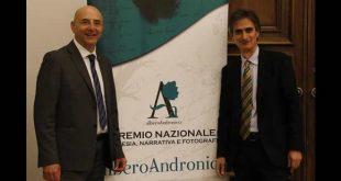 Premio Alberoandronico. In foto Pino Acquafredda e Salvatore Fruscione. Fornita da Ufficio Stampa