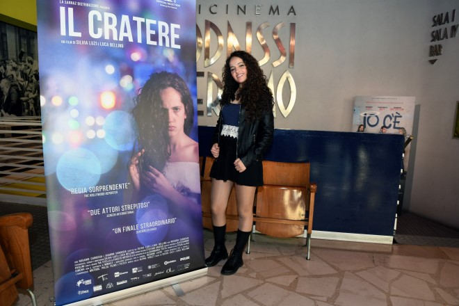 """Abbiamo incontrato Sharon Caroccia alla prima del film """"Il Cratere"""" e con lei abbiamo scambiato due chiacchiere sulla sua carriere breve ma intensa e sul suo futuro."""
