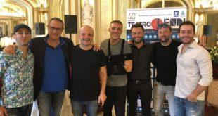 Alcuni degli artisti in cartellone al Teatro Lendi con Francesco Scarano. Foto da Facebook