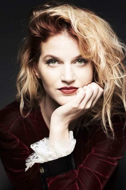 Chiara Galiazzo. Foto di Giovanni Gastel.