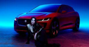 Dua Lipa per Jaguar The Pace. Foto da Ufficio Stampa.