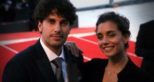Cristiana Dell'Anna con il marito Emanuele Scamardella al red carpet di Venezia75. Foto di Michele Pelosio