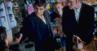 George Clooney e Quentin Tarantino in un frame di Dal Tramonto all'alba