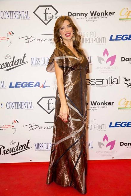 Veronica Maya per Miss Europe Continental