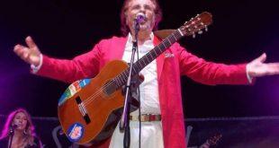 Tony Santagata live