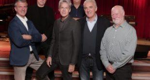 Commissione musicale del Festival presieduta da Claudio Baglioni per Sanremo Giovani. Foto da Ufficio Stampa