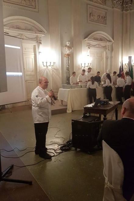 Filippo Cogliandro all'Educandato per la Cena della Legalità. Foto di Stefano Mileto