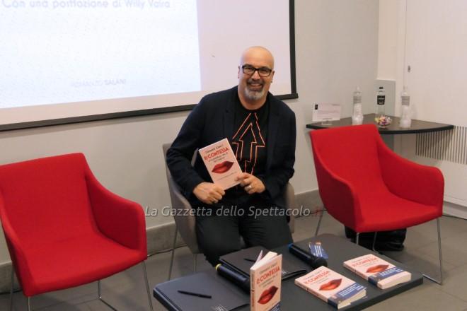 Giovanni Ciacci alla presentazione del libro La Contessa a Napoli
