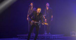 Dodi Battaglia Live. Foto di Domenico Fuggiano