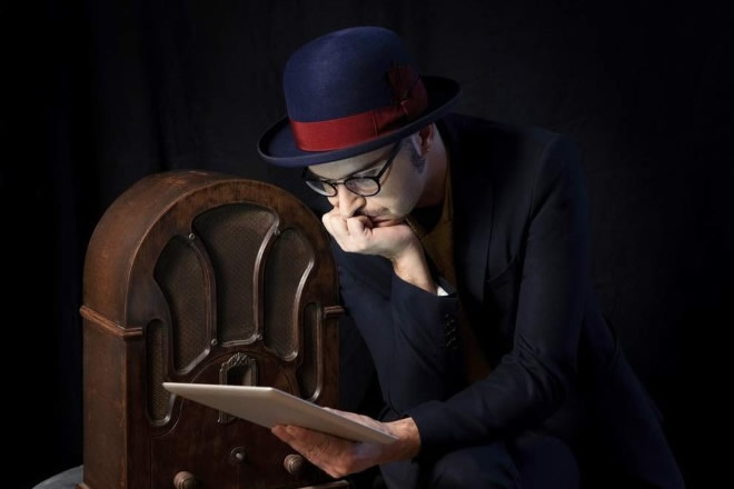 Il cantautore Giulio Wilson