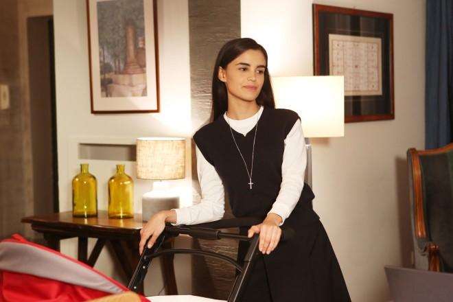 Simonetta Columbu in una scena di Che Dio ci aiuti. Foto dal set da Ufficio Stampa