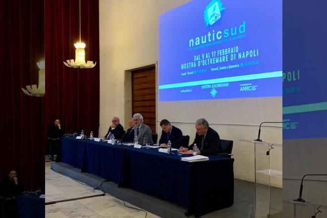 Nauticsud. Nicola Marrazzo, Gennaro Amato, Giuseppe Oliviero, Alessandro Nardi, Enrico Panini. Foto da Ufficio Stampa