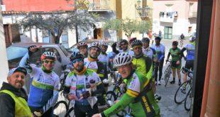 Alcuni ciclisti del Napoli Bike Festival 2019