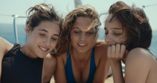 Angela Fontana, Denise Tantucci e Blu Yoshimi in una scena di LikeMeBack