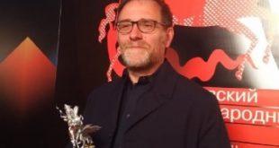 Valerio Mastandrea vince il Premio Silver George. Foto da Ufficio Stampa