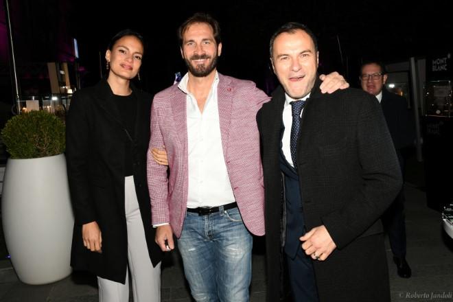 Maurizio Aiello con Massimiliano Gallo e Shalana Santana