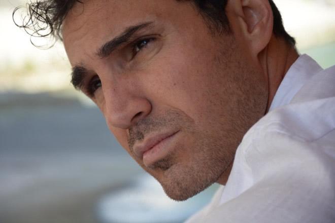 Fabio La Fata in Lontano da Te su Canale 5