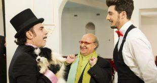 Andrea Preti con Nino Frassica sul set di Di tutti i Colori. Foto di Marco Flammini
