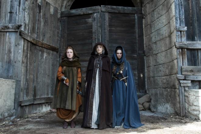 Federica Fracassi, Manuela Mandracchia e Lucrezia Guidone in Luna Nera. Foto di Emanuela Scarpa