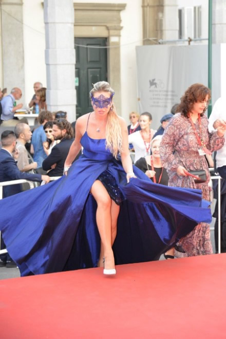 Anna Brancati mascherata a Venezia76