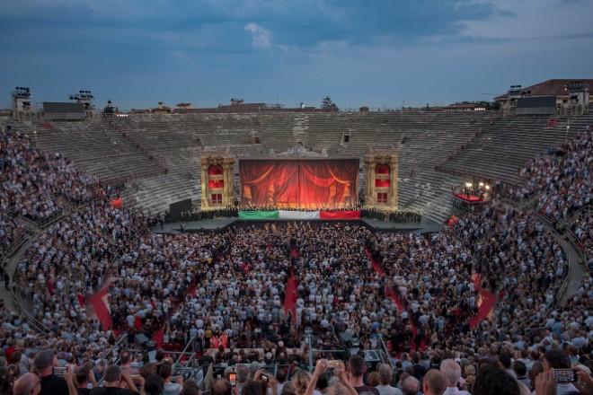 La Traviata all'Arena di Verona del 21-06-2019. Foto Ennevi
