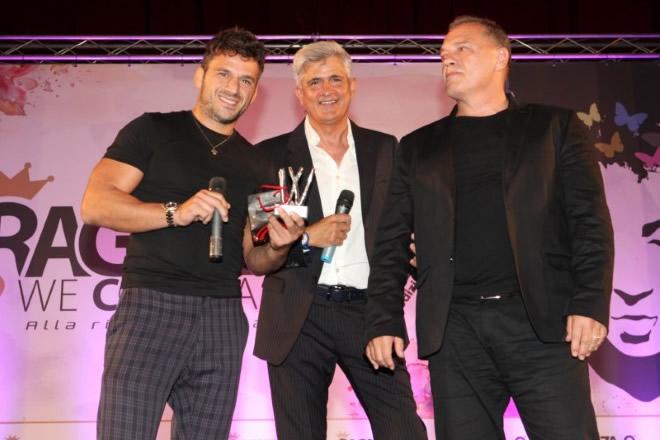 La premiazione di Marco Maddaloni con il papà Giovanni Maddaloni