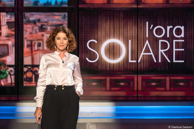 Paola Saluzzi conduce L'Ora solare su Tv2000. Foto di Gianluca Gasbarri