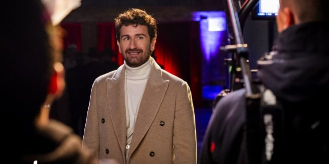 Alessandro Siani: un One-Man-Show di Natale per Sky