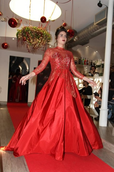 Alessia Casiere sfila per Korn Taylor
