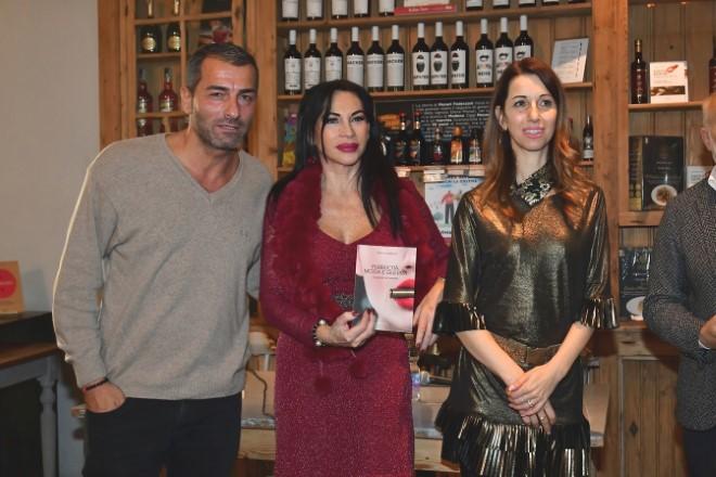 In foto Fabiana Gabellini, Elisabetta Viaggi, Mario Longobardi.